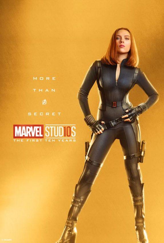 Pôster comemorativo dos 10 anos de Marvel nos cinemas: Viúva Negra
