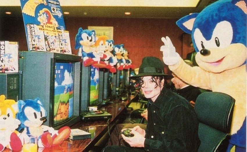 A Sega também apostou em nomes famosos como Michael Jackson na console wars