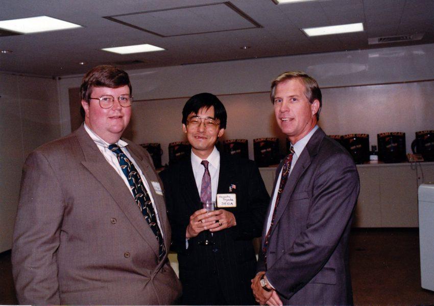 Al Nilsen, Shinobu Toyoda e Tom Kalinske ajudaram a SEGA a enfrentar a Nintendo de igual para igual